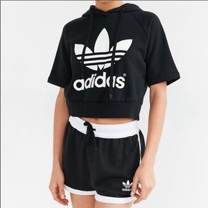 Adidas originals trefoil cropped hoodie sz XS